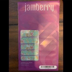 Jamberry Vintage Chic nails NEW